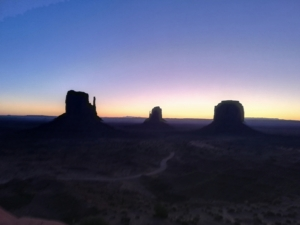 Monument valley tramonto alba