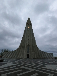 chiesa Reykjavik Hallgrímskirkja viaggio islanda sola